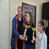 Defne Sade 2017 İzmir Kadınlar Satranç Şampiyonu