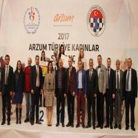 WGM Betül Cemre Yıldız 12'den Vurdu
